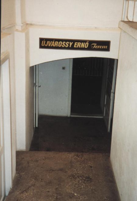 Sala Erno Ujvarossy de la subsolul bisericii reformate din Timişoara